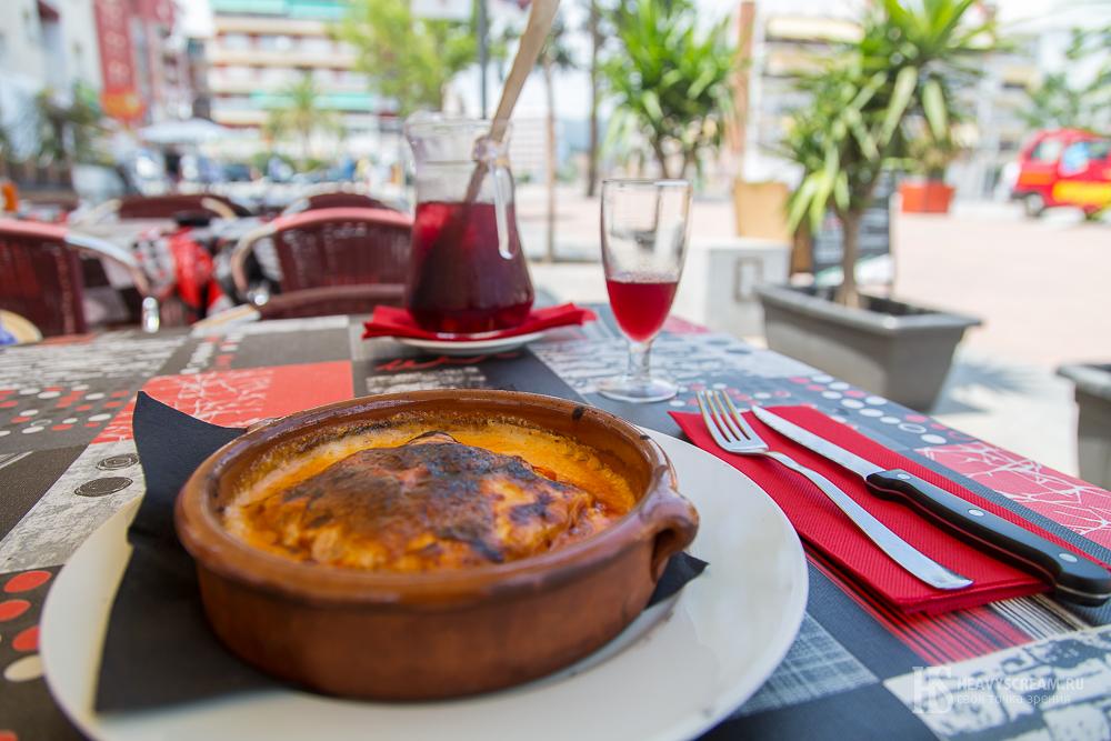 Лазанья в ресторане Mamma Mia, Калелья, Испания