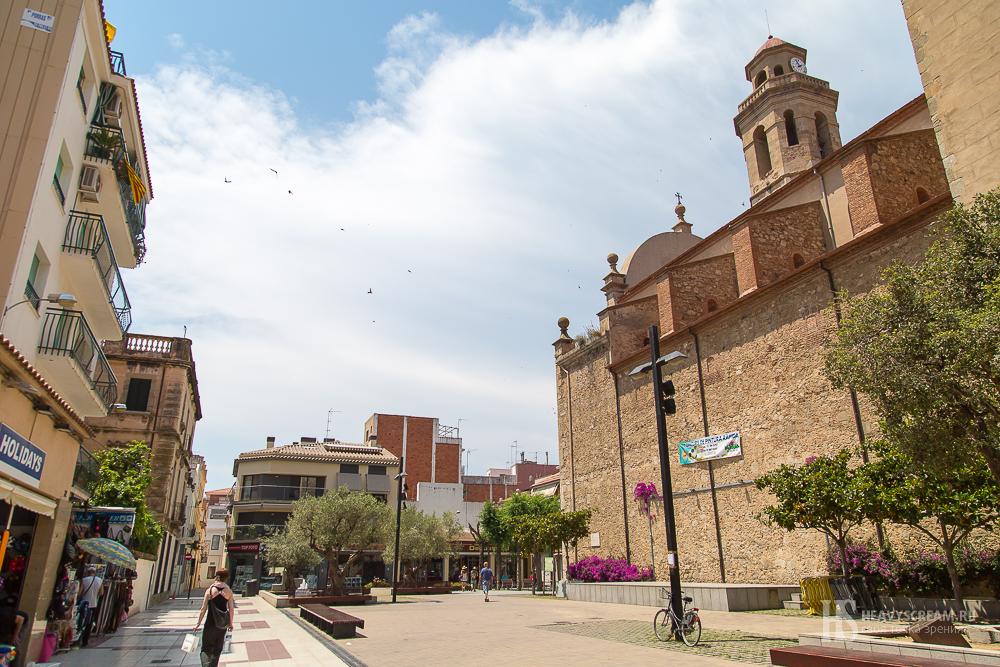 Калеллья (Calella, Spain).