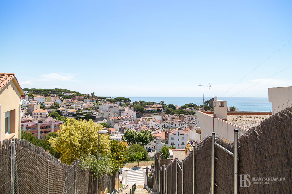 Sant Pol de Mar. Вид сверху.